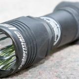 Armytek Dobermann Pro — обзор бюджетного подствольного фонаря