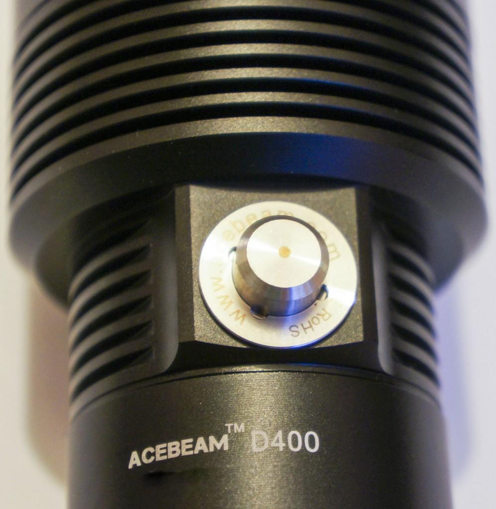 Кнопка включения фонаря для погружения под воду Acebeam D400