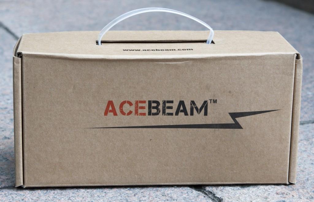 Коробка с ручкой из пластика для хранения поискового фонаря Acebeam K60