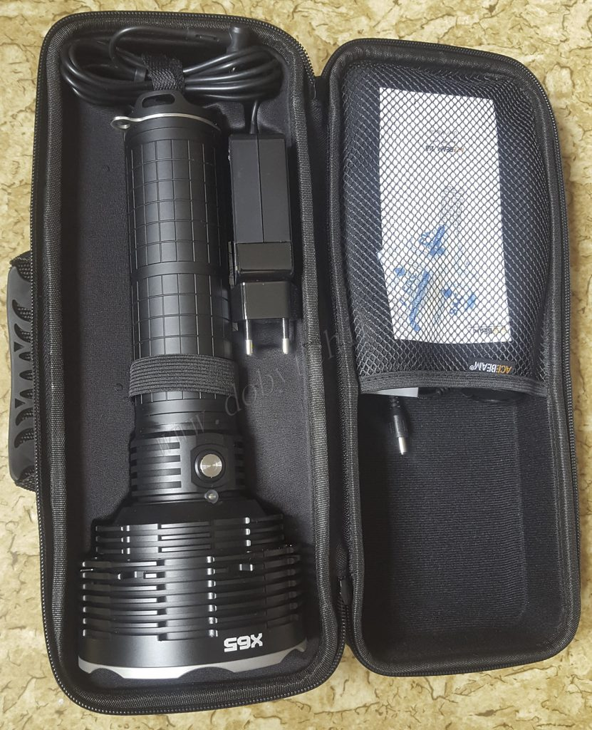 acebeam-x65-kejs-kastomizirovannyj