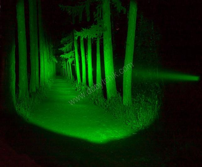 Свет фонаря Armytek Doberman Green