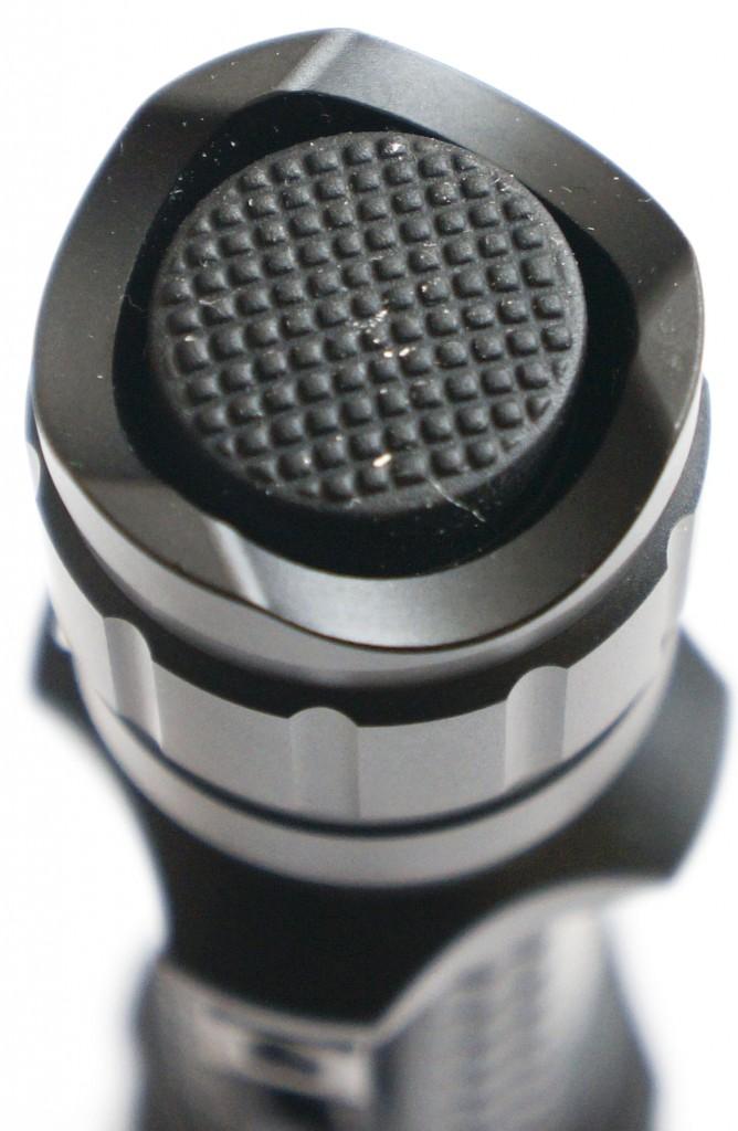 Тактическая кнопка включения подствольного фонаря Olight M23 Javelot