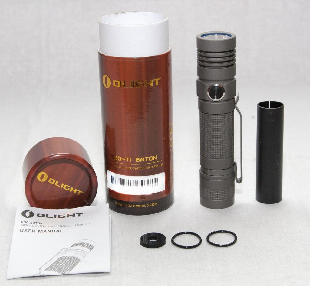 Комплект поставки фонаря для ежедневного использования в титановом корпусе Olight S30Ti Baton