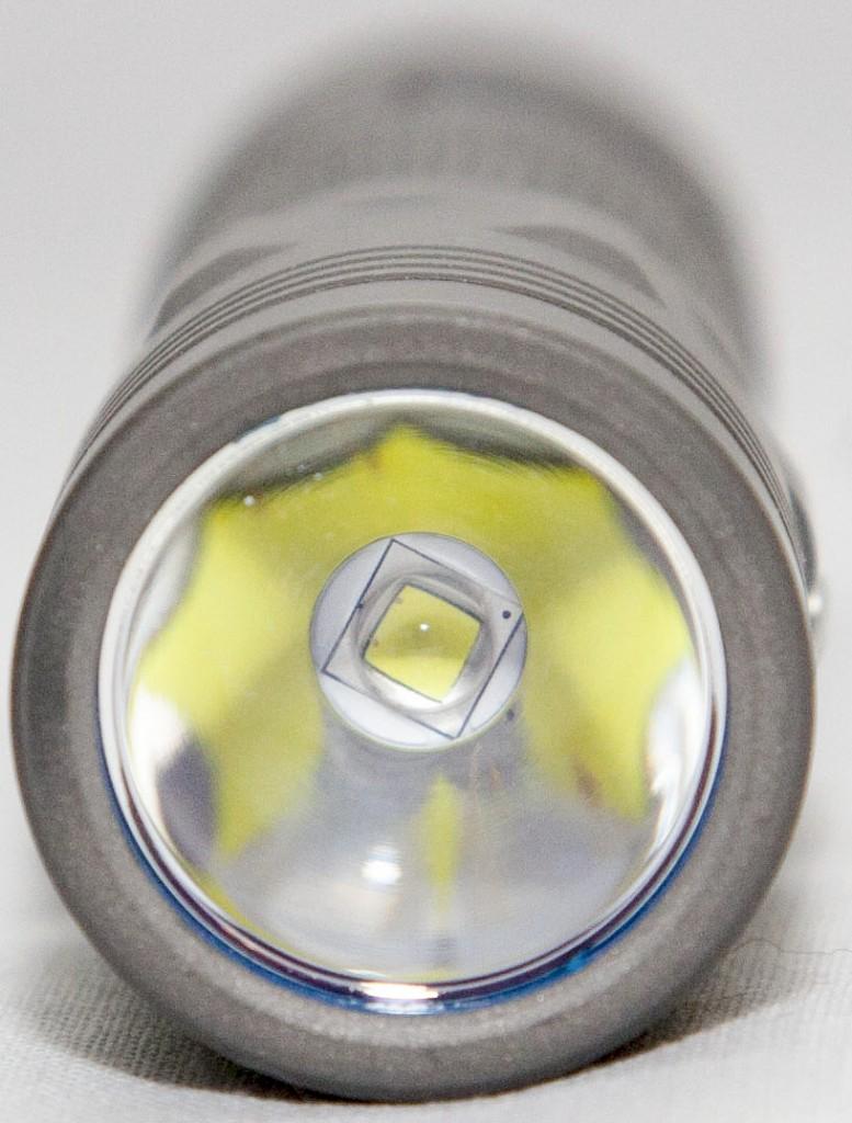Светодиод и отражатель фонаря для EDC Olight S30Ti Baton