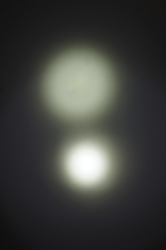 Сравнение фонаря Olight SR96 по освещению на ближней дистанции
