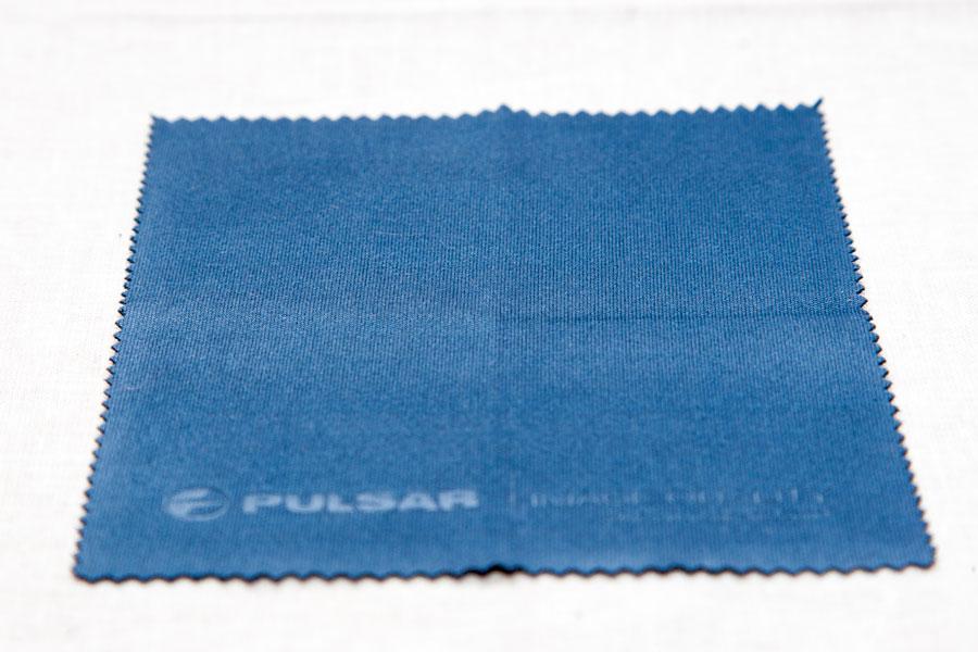 Салфетка для ухода за оптикой тепловизора Pulsar Quantum XD38S
