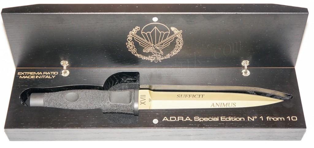 Кинжал Extrema Ratio ADRA Operativo Gold Limited в деревянной подарочной упаковке