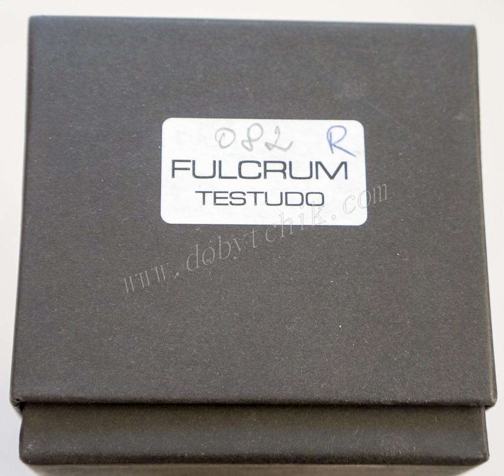 Маркировка на торце картонной коробке ножа Extrema Ratio Fulcrum